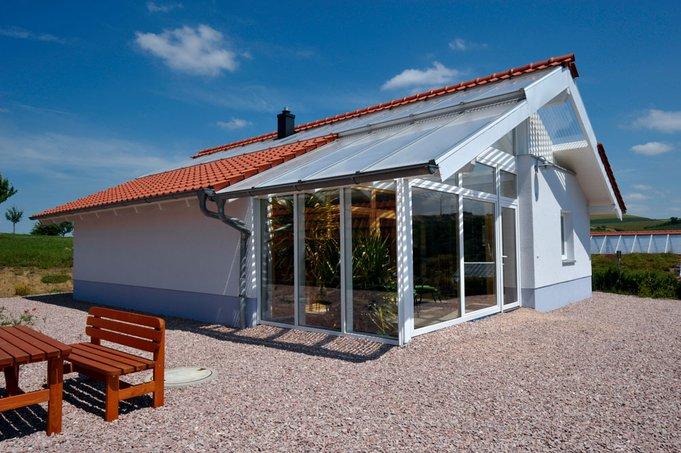 Bio-Solar-Haus - Barrierefreies Haus mit Wintergarten