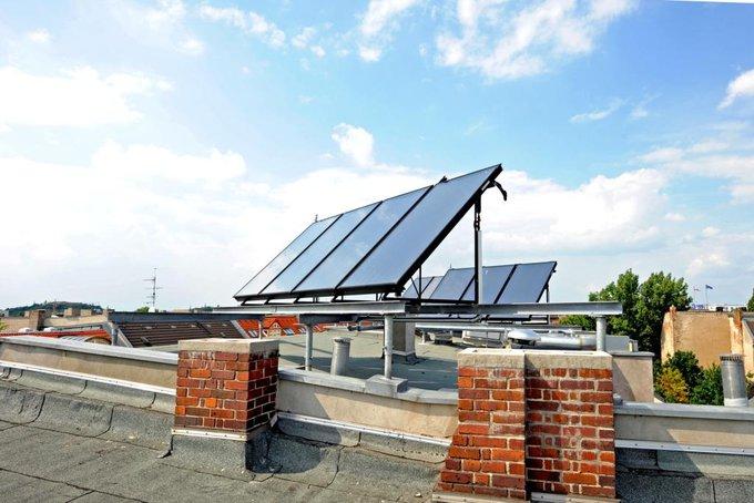 Sonnenkollektoren; Foto: Berliner Energieagentur