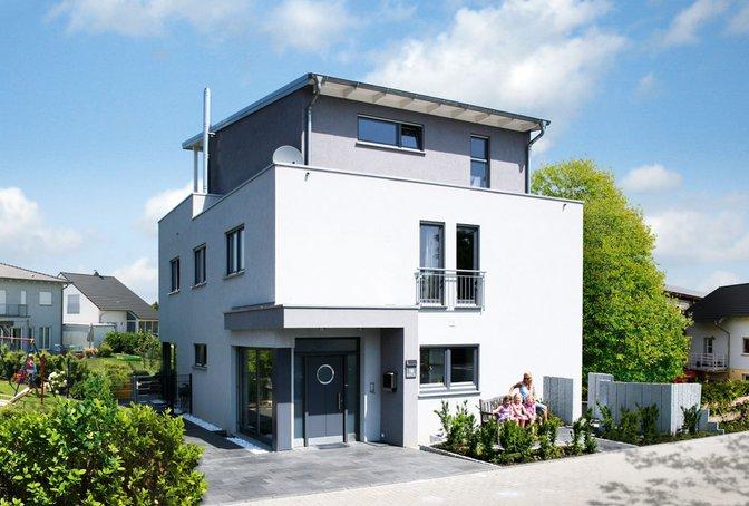 """Berlin"" von Rensch-Haus – Drei Geschoss im Bauhaus-Stil"
