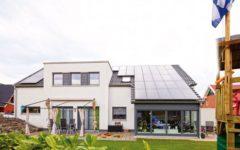 Okal meets studio becker for Zweifamilienhaus modern grundriss