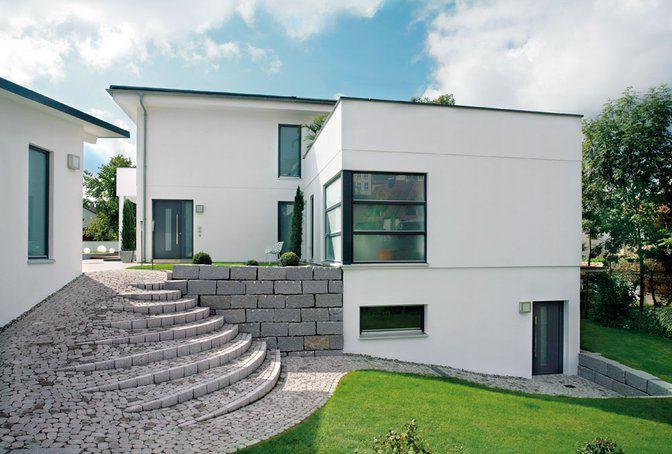 walmdach moderne architektur moderne architektur und hohe in pottendorf beispiel fr einstckige. Black Bedroom Furniture Sets. Home Design Ideas