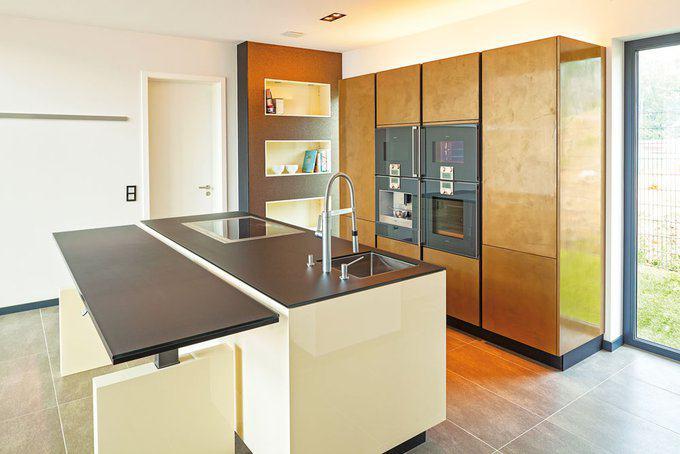 house-2181-die-kueche-des-plusenergiehauses-frame-von-luxhaus-1