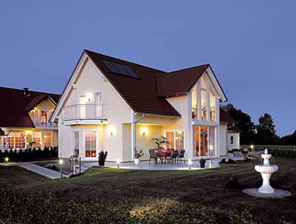 drei giebelhaus charisma von luxhaus. Black Bedroom Furniture Sets. Home Design Ideas