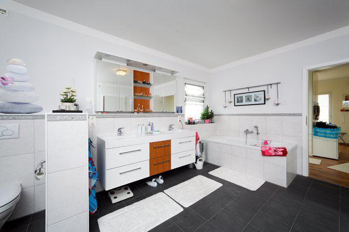 house-1516-weisse-stadtvilla-scherer-von-okal-4