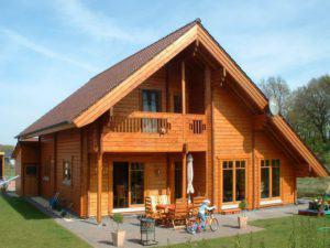 house-1590-blockhaus-remme-fuer-vierkoepfige-familie-von-nordic-1