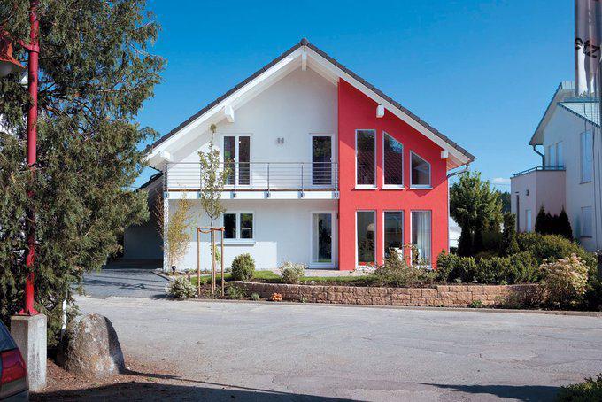 house-1642-aussenansicht-bodenseehaus-musterhaus-villingen-schwenningen-1