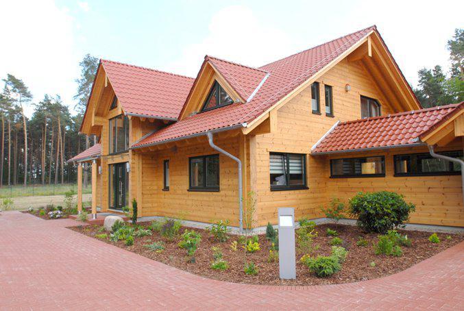 house-1654-fullwood-schoeneiche-blockhaus-am-waldrand-3