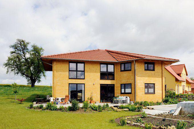 house-1695-ein-holzhaus-mit-mediterraner-anmutung-sonnenfeld-von-fullwood-1