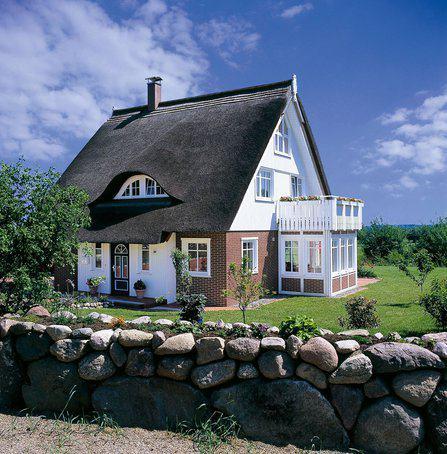 house-1726-haacke-reetdachhaus-1