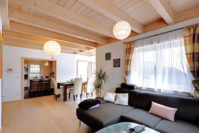 house-2100-der-wohnbereich-praesentiert-sich-in-moderner-offenheit-die-dennoch-die-chance-laesst-bei-bedarf-2