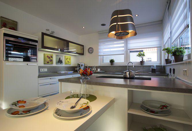 haus ventura von rensch haus deckt seinen energiebedarf aus eigener kraft. Black Bedroom Furniture Sets. Home Design Ideas