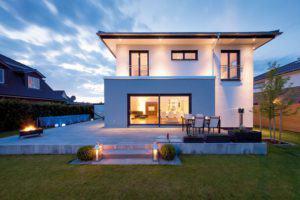 house-2493-ein-special-des-hauses-der-individuell-entworfene-zwei-mal-60-zentimeter-breite-graue-uebereck-an-1