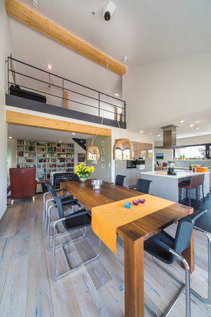 house-2576-die-lichte-hoehe-von-etwa-sechs-metern-vermittelt-ein-exklusives-raumgefuehl-1