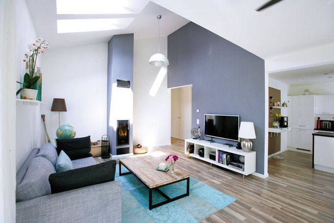 house-2748-dank-des-firsthohen-dachausbaus-mit-zwei-oberlichtern-wirkt-der-wohnbereich-trotz-geringer-grundf-2