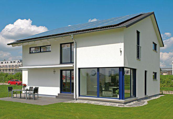Modernes holzhaus satteldach  Modernes Satteldach-Haus von Bittermann & Weiss Holzhaus | zuhause3.de