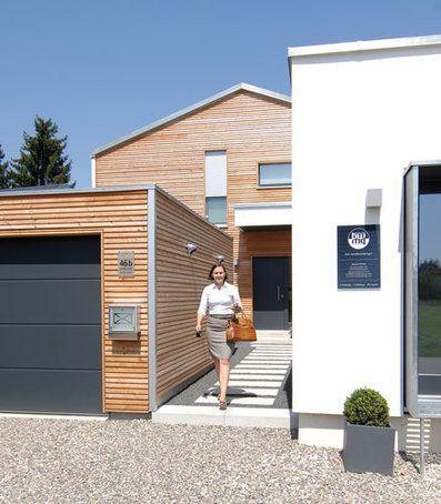 house-2760-der-trikomplex-auf-einem-grundstueck-arbeiten-wohnen-parken-1