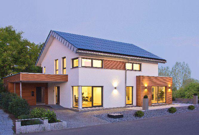 house-2971-die-photovoltaikanlage-auf-dem-dach-liefert-dem-hellen-freundlichen-haus-deutlich-mehr-energie-al-1