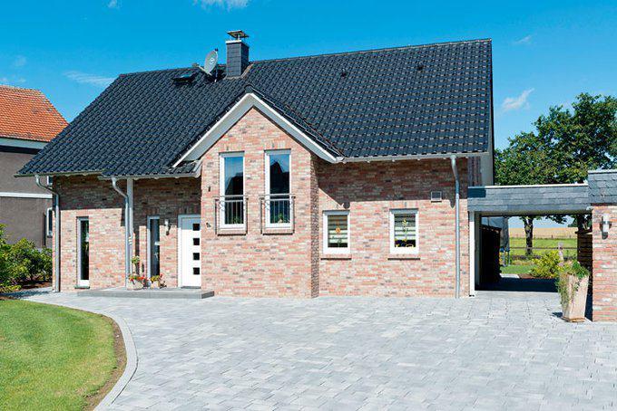house-3005-der-dreiecksgiebel-ist-eines-der-charakteristischen-kennzeichen-des-hausentwurfs-bockelsberg-werd-2