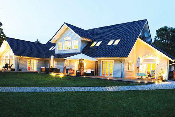 house-3036-landhaus-am-see-von-fjorborg-holzhaus-2