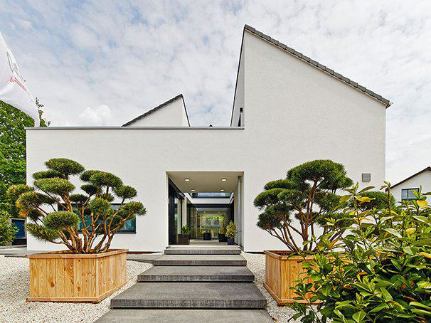 Musterhaus Bad Vilbel von OKAL Außenansicht