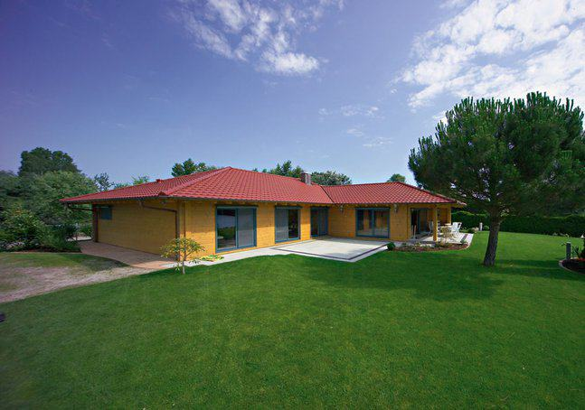 house-402-aussenansicht-haus-elsass-von-fullwood-wohn-blockhaus-3