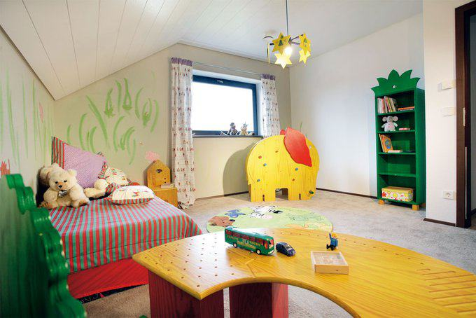 house-556-schwoererhaus-modernes-wohnkonzept-fuer-junge-familien-12