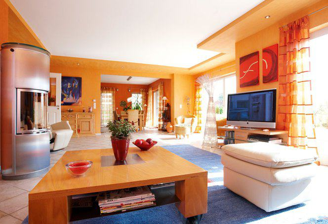 house-710-hier-versammeln-sich-alle-an-der-familientafel-1