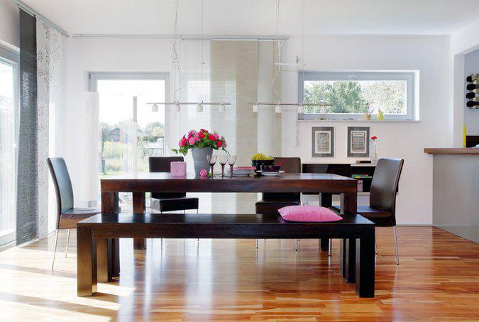 house-738-das-grundrisskonzept-im-erdgeschoss-ein-grosszuegiger-offener-familienbereich-mit-wohnen-essen-un-3