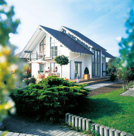 house-947-sonnenfaenger-und-lichtschleusen-gehoeren-beim-haus-lichtenau-von-keitel-haus-denn-auch-zu-den-ar-2