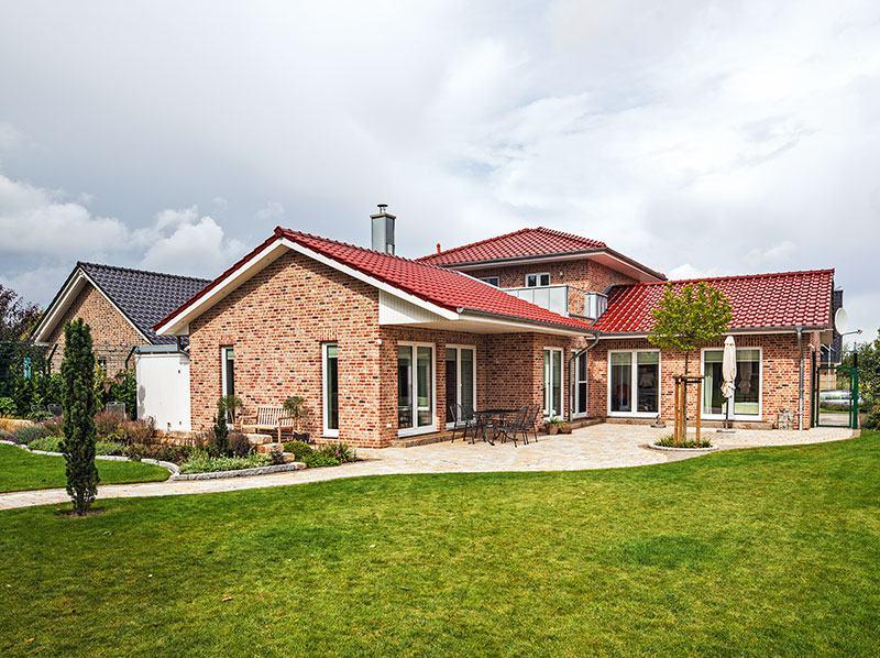 Gartenansicht Haus Pohl von Baumeister Haus