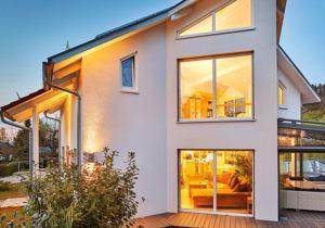 Luxhaus Barth Außenansicht in der Abendstimmung