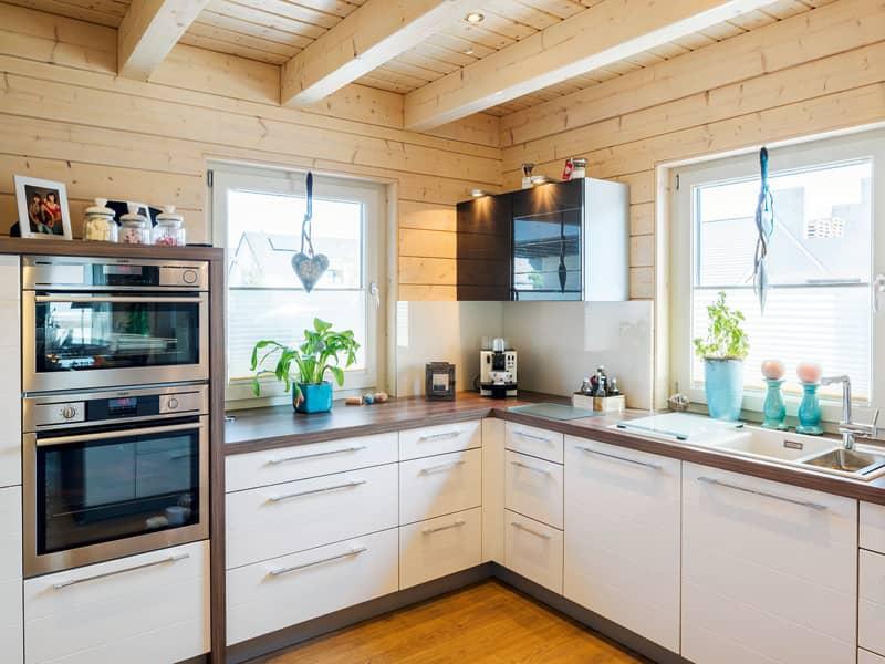 Küche Haus Silberweide von Stommel Haus