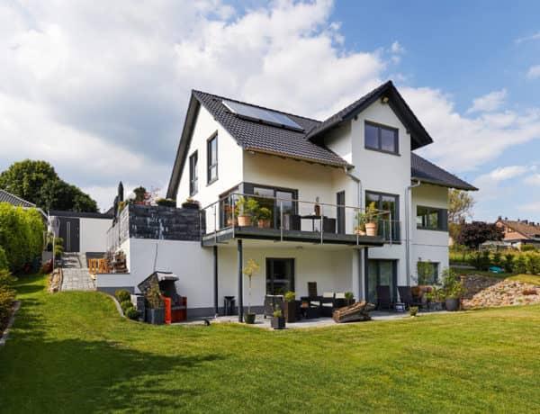 Entwurf Babelsberg von Gussek Haus Außen Terrasse