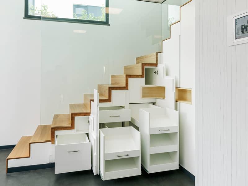 Stauraum_Treppe_Luxhaus