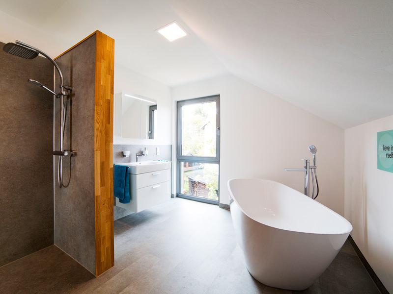 Entwurf Jedermann von Büdenbender Hausbau Bad