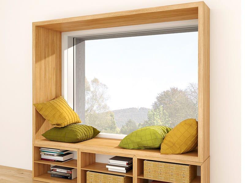 Fensterrahmen als Sitzmöglichkeit