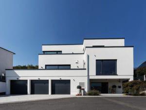 Haus Lehmann von Büdenbender Hausbau Eingangsseite