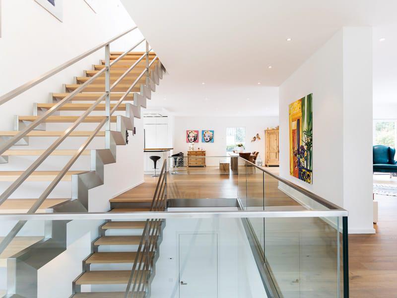 Haus Lehmann von Büdenbender Hausbau Treppenhaus 2