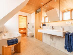 Badezimmer mit Sauna im Entwurf Witt