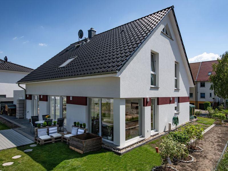 HELMA_Sonnenhaus_Mahlow_Aussen_Garten