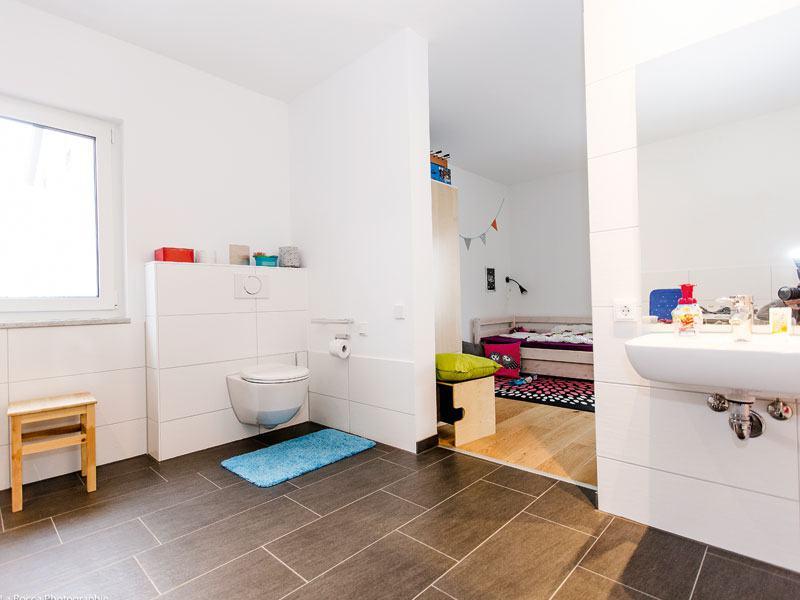 web_Bad_Kinderzimmer_Fischerhaus