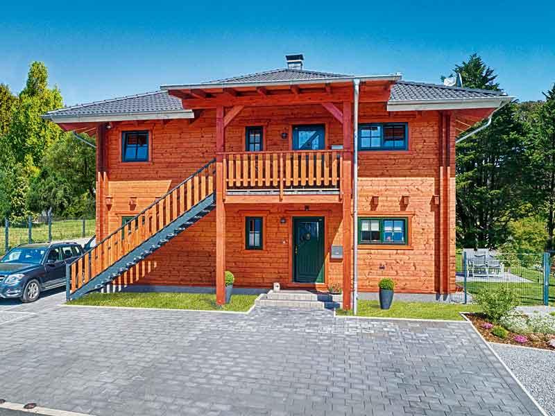 web_LeonWood-Blockhaus_Villa-Certaldo_außen