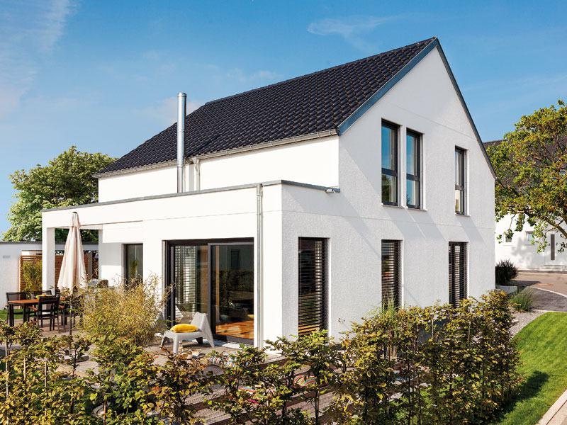 Kundenhaus Rimsa von Schwörerhaus aussen Terrassenseite