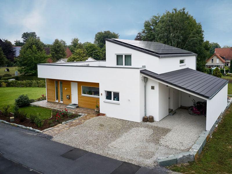 individuelles Kundenhaus Bettinghausen von Roreger aussen_Strassenseite