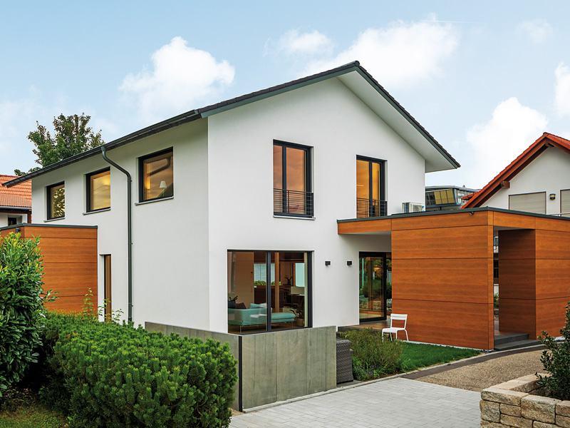Musterhaus Fellbach von Bittermann und Weiss Aussenansicht Aussen Gartenseite