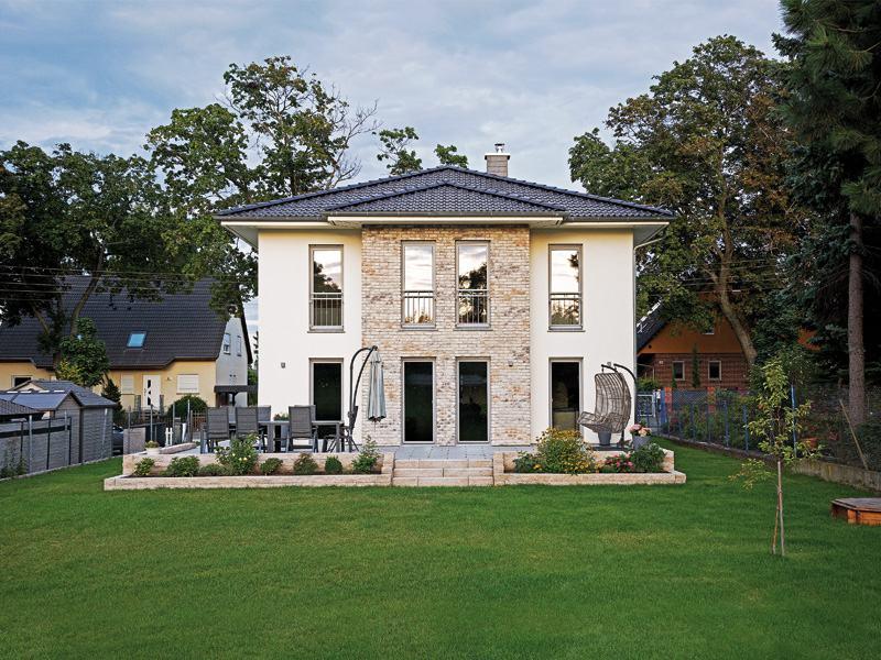 Entwurf Lugana Berlin von Roth Massivhaus aussen