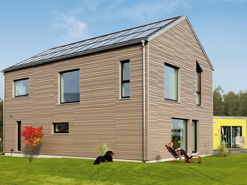 Das Sunroof-Konzept ersetzt Dachziegel komplett durch leistungsstarke Solarsysteme