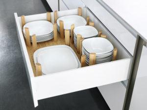 Unterschränke sollte man für jede Küche planen