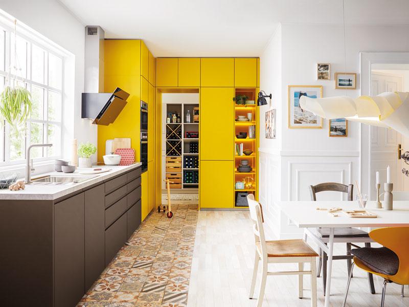 Farbe in der Küche Schüller