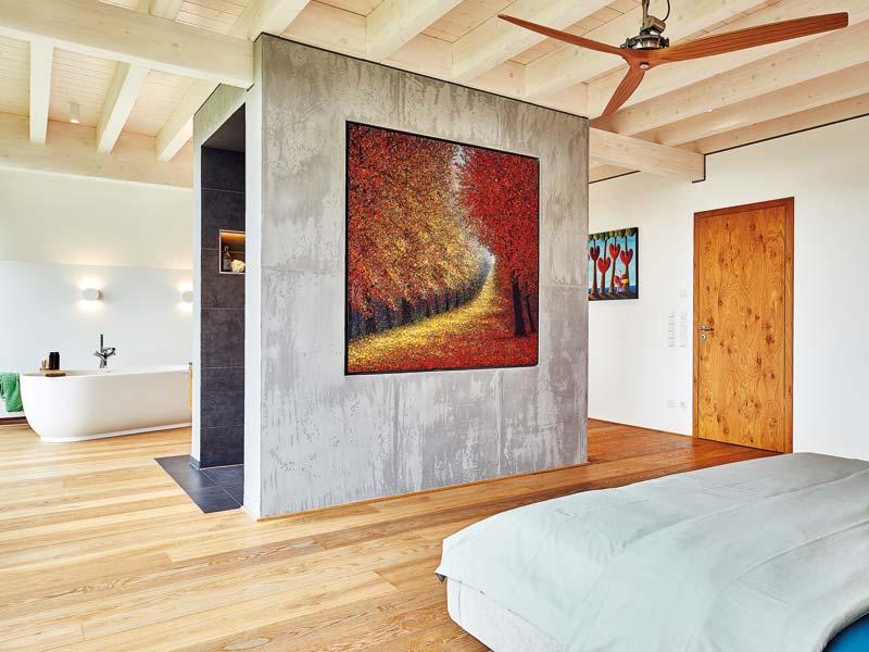 Schlafen und Baden in einem Raum liegen im Trend.